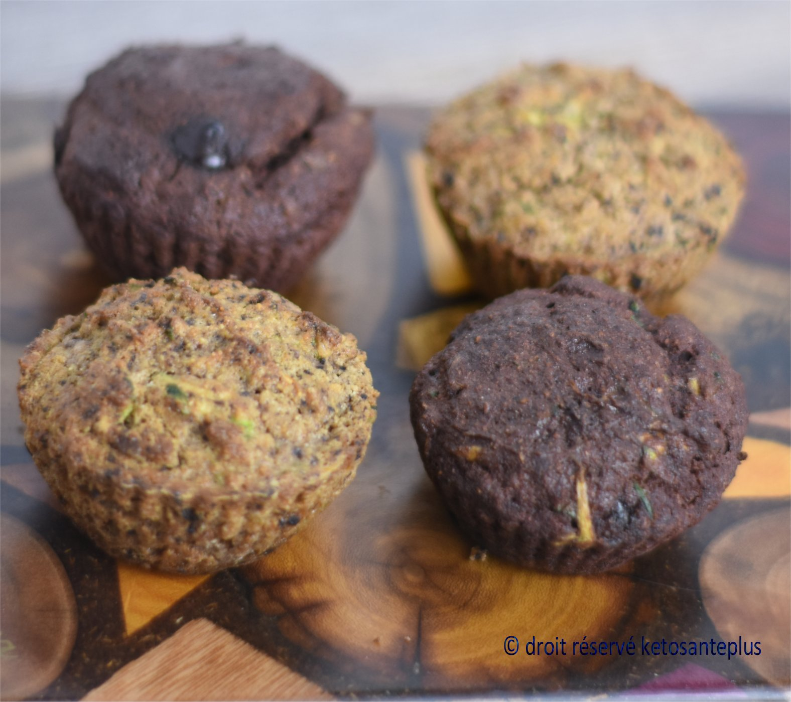 Muffins aux courgettes keto