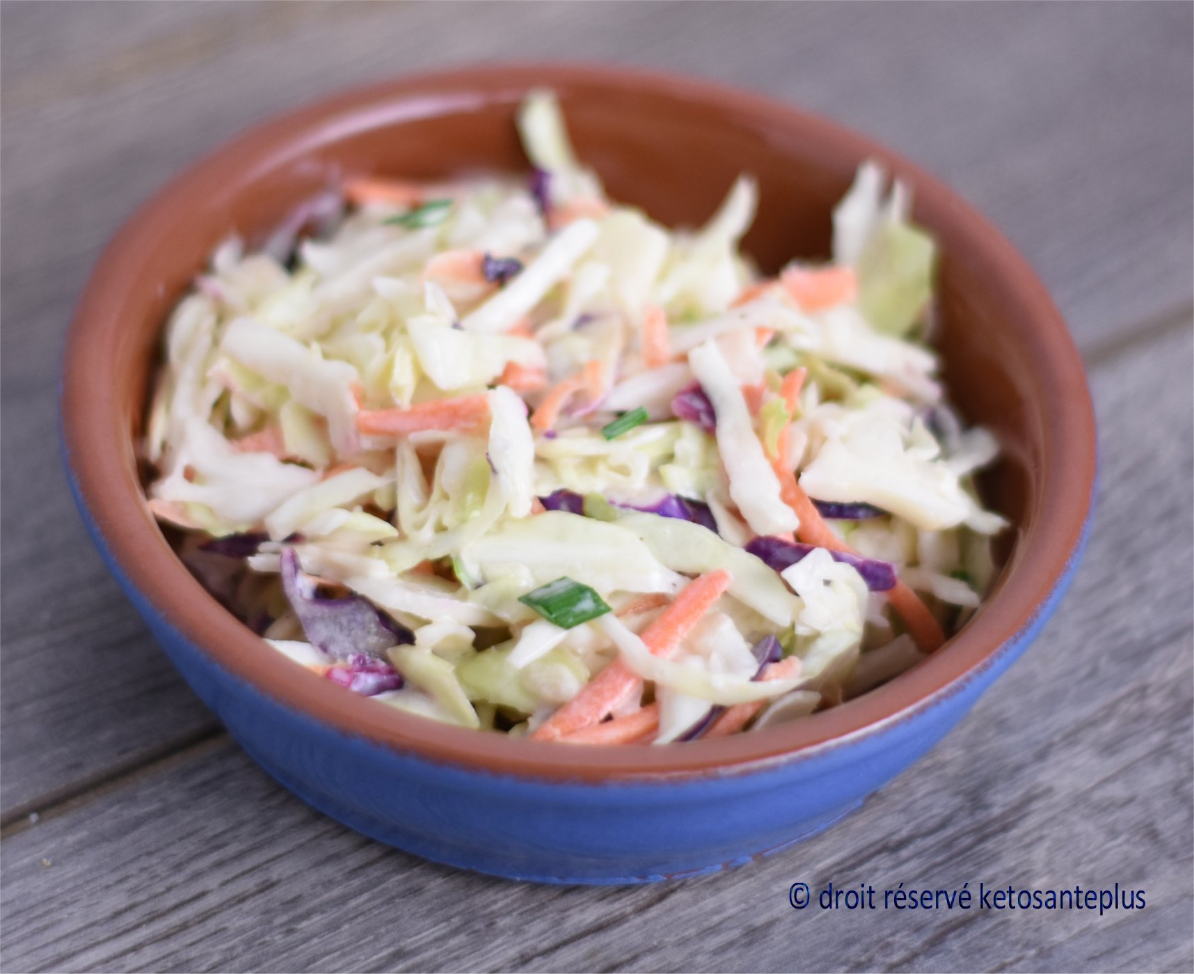 Salade de chou crémeuse keto